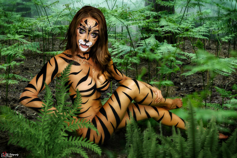 http://ev36.com/share/JungleKitty-ev36.jpg