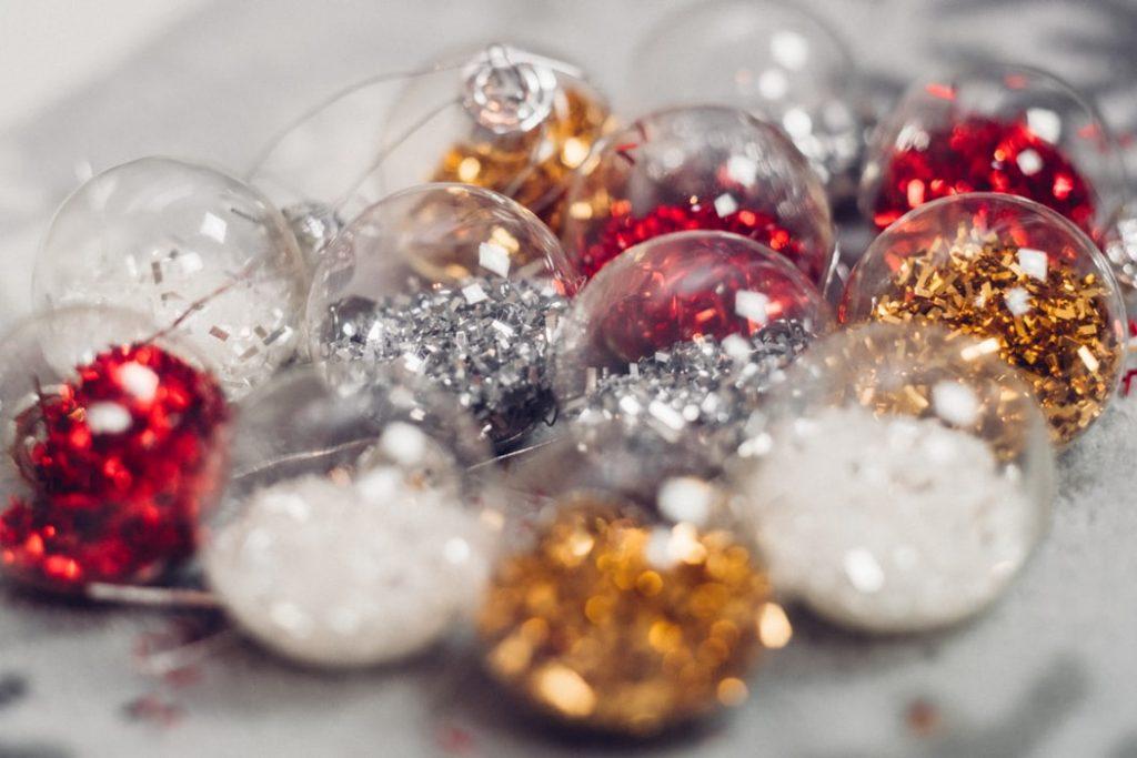 10 Budget Friendly Christmas Home Decoration Ideas